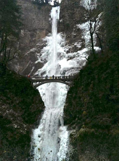 Multnomah Falls 12-8-13